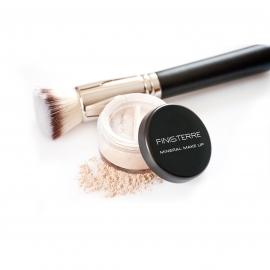 SET:  PHIBEST MINERAL FOUNDATION AND KABUKI FLAT BRUSH